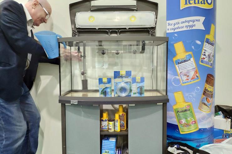 Полнокомплектный аквариум Tetra AquaArt LED Evolution Line объемом 130 литров