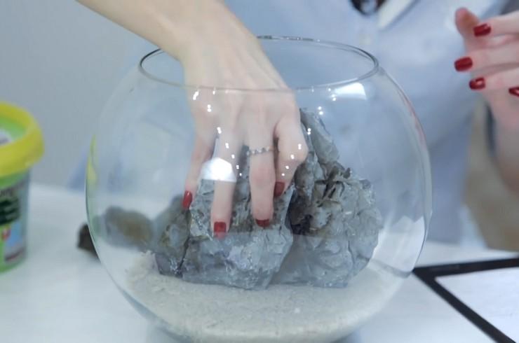 Установка в аквариум натуральных камней