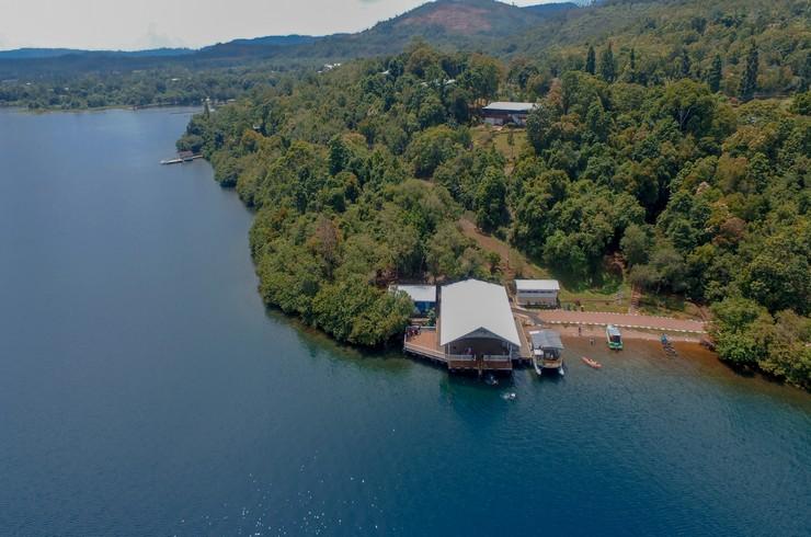 Озеро Матано – природное местообитание креветок кардиналов