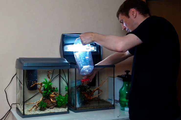 Заполняем аквариумы водой
