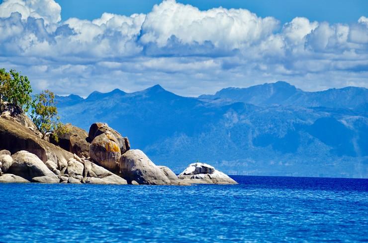 Голубые воды озера Малави