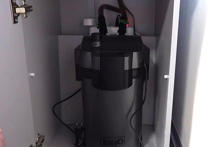 Перекрываем доступ воды в фильтр