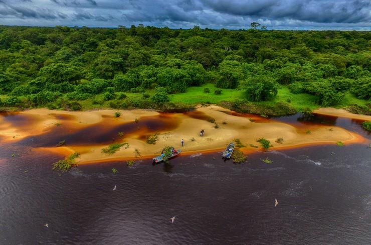 Пляж на реке Рио Гуапоре