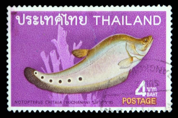 Почтовая марка с изображением индийского ножа. Таиланд, 1968