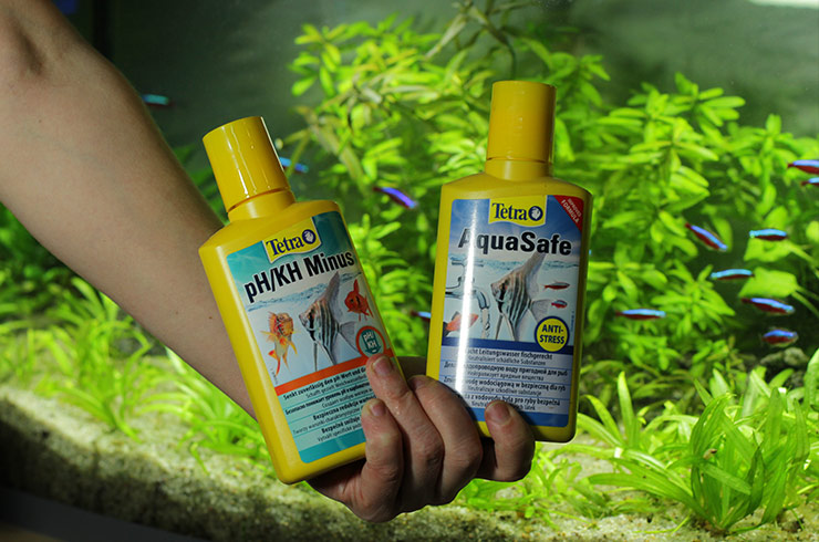 Современные кондиционеры для воды существенно облегчают уход за аквариумом