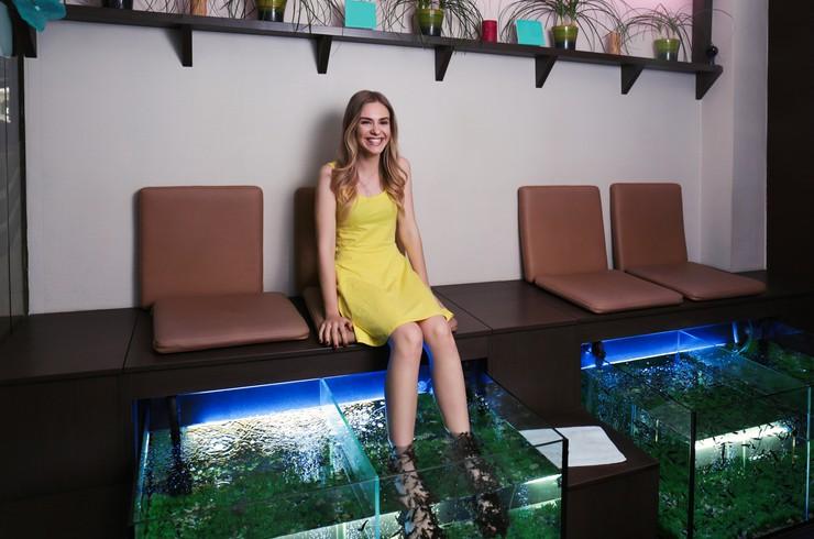 Многие спа-салоны предлагают услугу пилинга с помощью рыбок гарра руфа